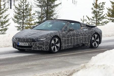 BMW выпустил первое тизер-видео гибридного родстера BMW i8 Roadster