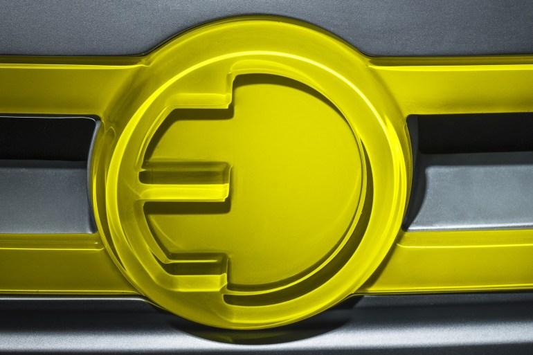 """BMW: Первый трехдверный электромобиль Mini запустят в серию уже в 2019 году, а все новые BMW будут """"потенциально электрическими"""""""