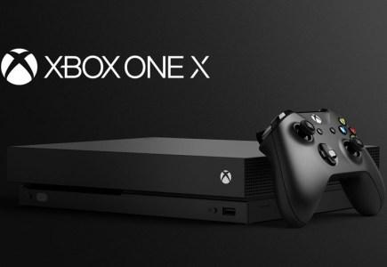 Ещё на этапе предзаказа Xbox One X стала самой продаваемой консолью Microsoft, а оригинальная Xbox One исчезла из продажи