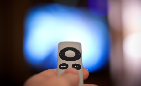 WSJ: Apple потратит $1 млрд на покупку и производство шоу и сериалов в 2018 году