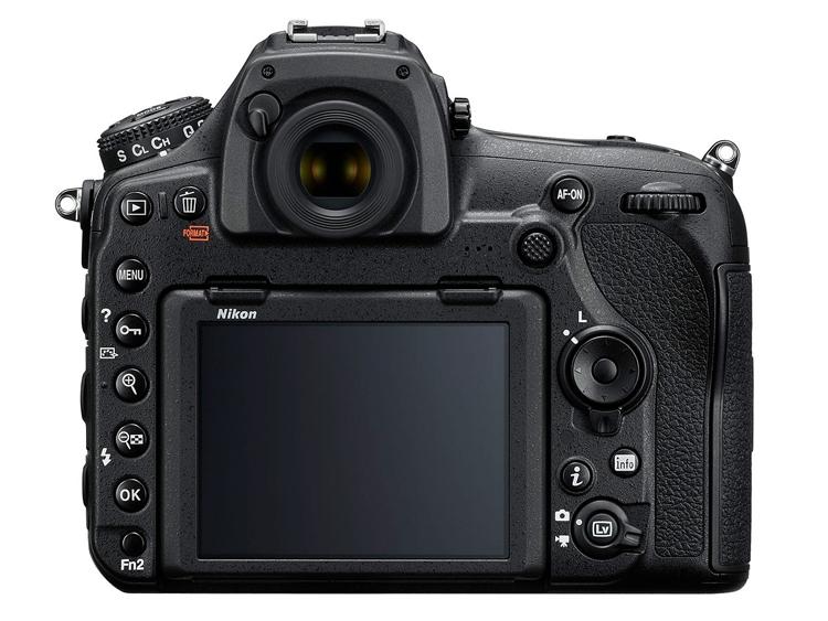 Полнокадровая зеркальная камера Nikon D850 получила 45,7 Мп сенсор и поддержку записи видео 4K
