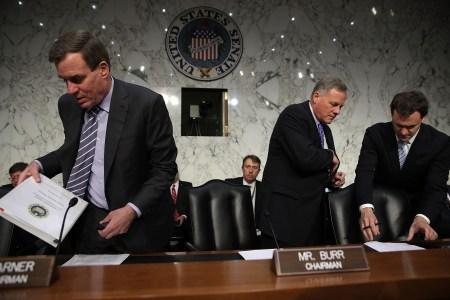 Facebook, Google и Twitter выступят перед Конгрессом по делу о вмешательстве России в выборы в США