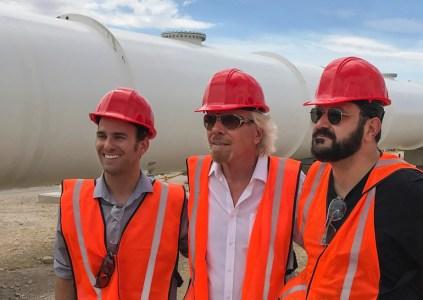 Hyperloop One получила финансирование от Virgin Group и сменила название на Virgin Hyperloop One