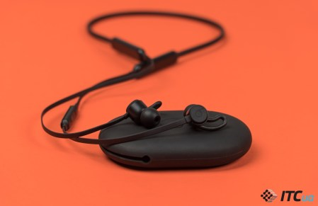 Обзор беспроводных наушников BeatsX