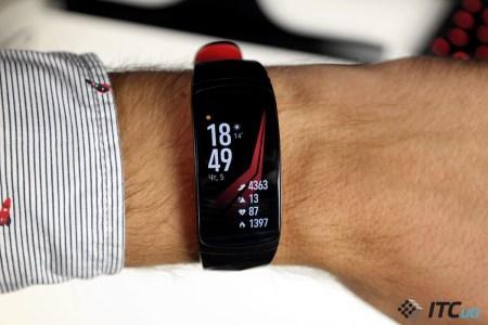 Обзор фитнес-браслета Samsung GearFit2 Pro