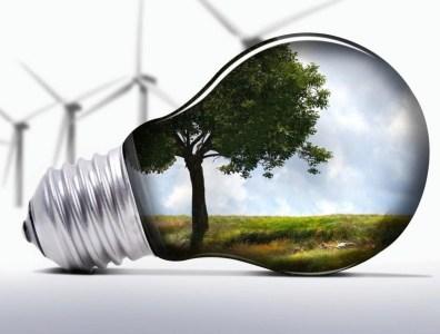 «Досрочно снизить или отменить»: УАВЭ и «Укрэнерго» о «зеленых тарифах» для электростанций на ВИЭ