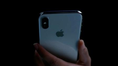 Джонни Айв: есть люди, которые используют iPhone «неправильно»