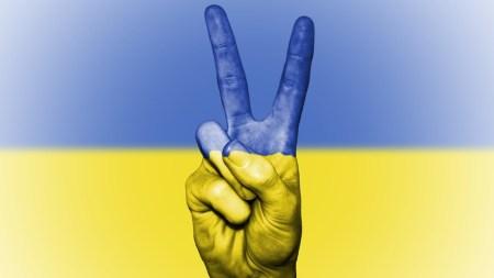 Рейтинг самых авторитетных личностей в украинском сегменте Facebook и Twitter