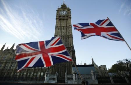 Великобритания потратит 75 млн фунтов на разработки в сфере беспилотных автомобилей
