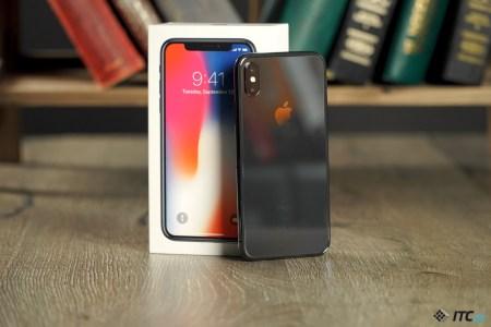 Официальные продажи iPhone X в Украине стартуют 8 декабря по цене от 37 999 грн