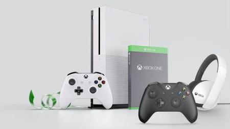 Консольная «Черная Пятница»: скидки на Xbox One S, подписки Gold & Game Pass, игры и аксессуары, а также бесплатный сетевой режим для владельцев PlayStation 4