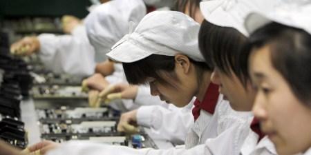 Financial Times: Foxconn незаконно использовала труд китайских студентов для сборки iPhone X и заставляла их работать по 11 часов в сутки