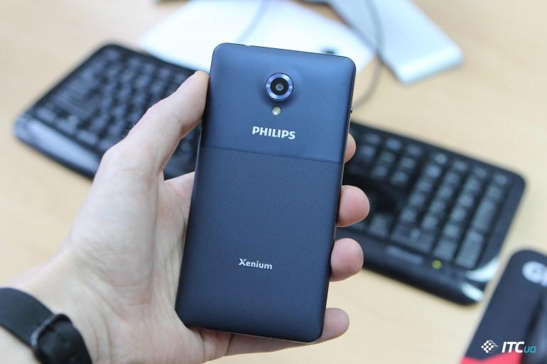 Обзор Philips S386
