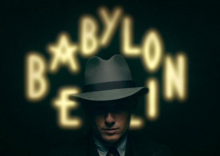 Интимная Сцена С Лив Лизой Фрис – Вавилон-Берлин (2020)