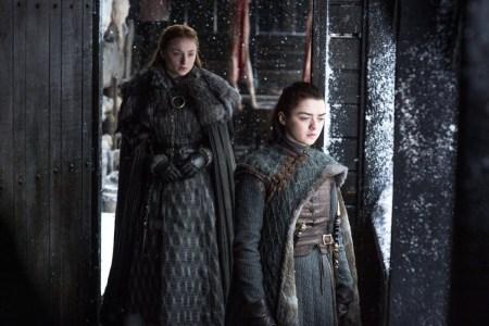 """Исполнительница роли Арьи Старк якобы рассказала, что первая серия финального сезона Game of Thrones / """"Игры престолов"""" выйдет в апреле 2019 года (но это не точно)"""