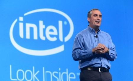 «Это не то, что невозможно исправить»: Intel не станет проводить никаких отзывных кампаний из-за уязвимостей Meltdown и Spectre