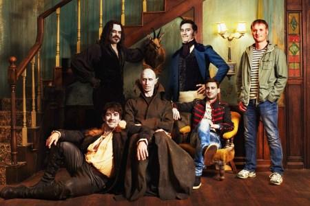 Создатели комедии «Реальные упыри» снимут сериал про вампиров на основе фильма для канала FX, в работе также спин-офф «We're Wolves» и сериал «Wellington Paranormal»