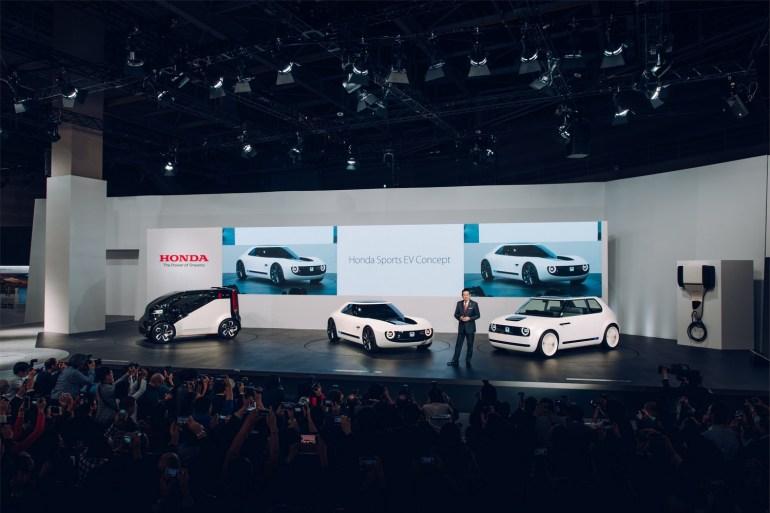 В Женеве Honda подтвердила, что начнет собирать предзаказы и запустит серийную сборку электромобилей Honda Urban EV уже в 2019 году