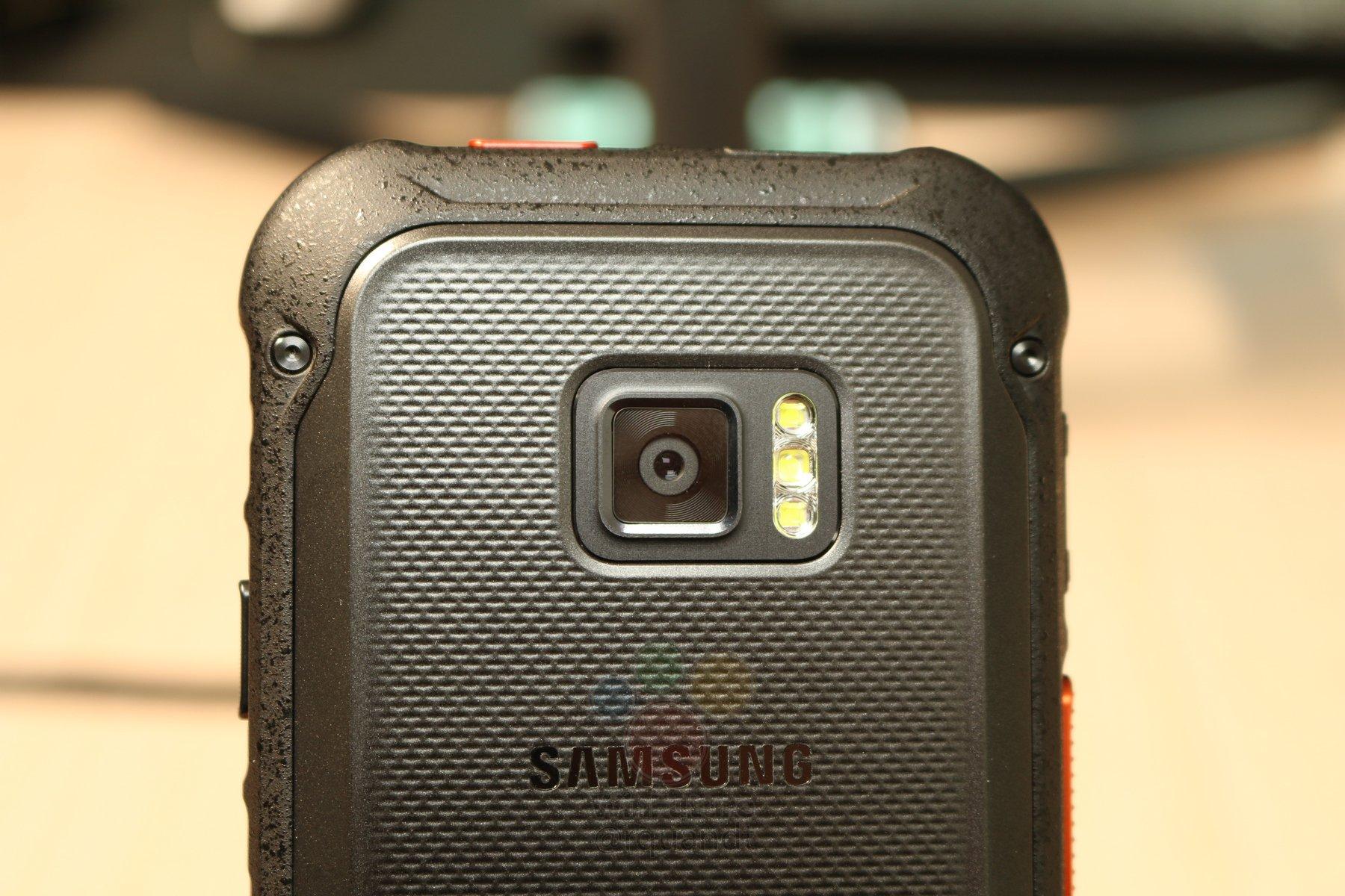 Защищенный смартфон, принятый за <b>Samsung</b> Xcover 5 ...