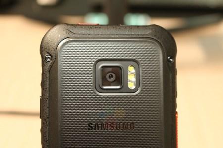 Защищенный смартфон, принятый за Samsung Xcover 5, оказался специальной PS-LTE моделью для полицейских Samsung SM-G888