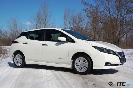 Тест-драйв Nissan LEAF 2018 в Украине: мощный двигатель и цена $35 тыс