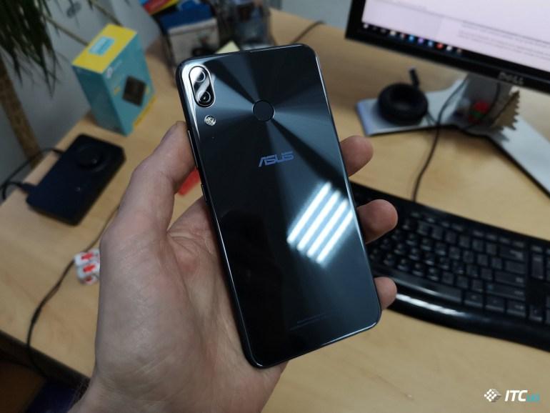 Обзор ASUS ZenFone 5 (ZE620KL)