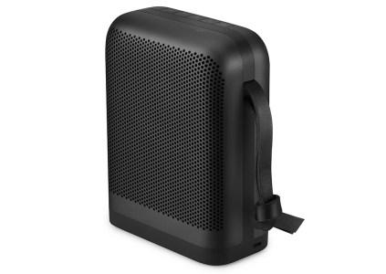 Bluetooth-динамик Beoplay P6 получил поддержку голосового ассистента, объемное звучание True360 и ценник в $399