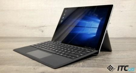 Flickergate: Microsoft запустила программу бесплатной замены планшетов Surface Pro 4 с мерцающим экраном