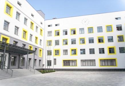 В Киеве построили первую в Украине энергоэффективную и «умную» школу
