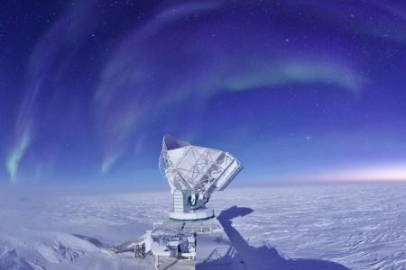 Телескоп Южного Полюса получил новое оборудование, которое поможет изучить космический микроволновый фон