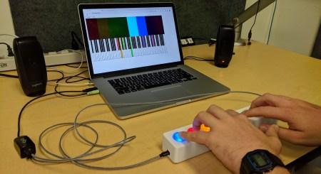 Исследователи DeepMind заменили фортепиано восьмикнопочным контроллером
