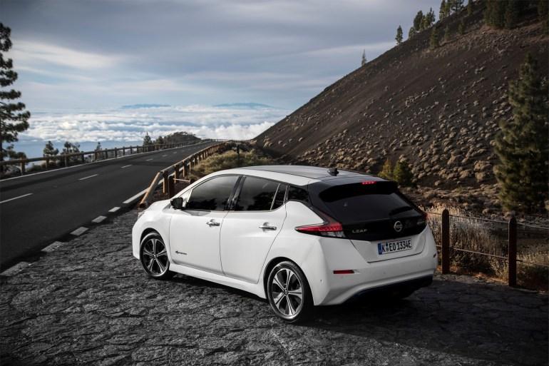 CarsDirect: Электромобиль Nissan Leaf E-Plus с батареей на 60 кВтч и запасом хода 360 км будет стоить от $35 тыс. (всего на $5500 дороже базовой версии с батареей на 40 кВтч)