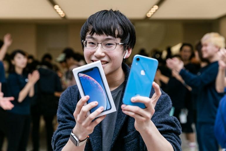 Исследование: Американцы стали реже менять смартфоны на новые (раз в 3, а не в 2 года), владельцы iPhone держатся дольше обладателей Android