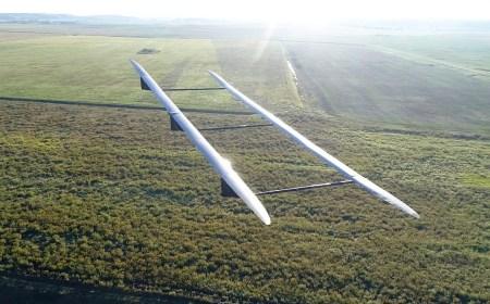 ApusDuo — беспилотный биплан-псевдоспутник с солнечными панелями
