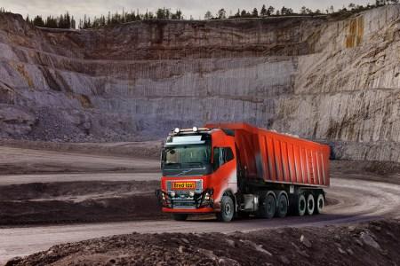 Volvo Trucks поставит в Норвегию первые беспилотные грузовики Volvo FH, которые будут самостоятельно транспортировать грузы по сложному маршруту