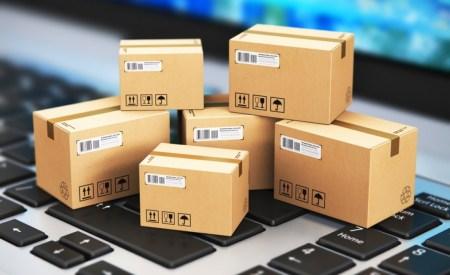 «Три посылки в месяц, но уже по 100 евро». В Раду внесли законопроект о снижении беспошлинного порога ввоза товаров из зарубежных интернет-магазинов