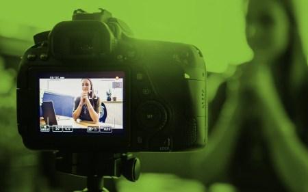Ученые: люди склонны перенимать эмоции видеоблогеров