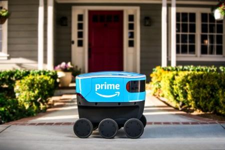 Amazon разработала собственного автономного робота для доставки заказов, электрический шестиколесный Amazon Scout уже тестируют в США