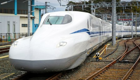 В 2020 году Япония запустит скоростной экспресс со встроенными литий-ионными аккумуляторами