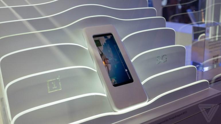 Sony и OnePlus показали на MWC 2019 свои прототипы 5G-смартфонов