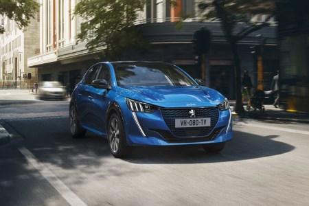 Серийный электромобиль Peugeot e-208 с мощностью 100 кВт, батареей на 50 кВтч и запасом хода 340 км (WLTP) / 450 км (NEDC) поступит в продажу осенью 2019 года