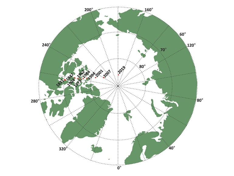 Из-за непредвиденного смещения северного магнитного полюса ученым пришлось обновить Всемирную магнитную модель раньше срока