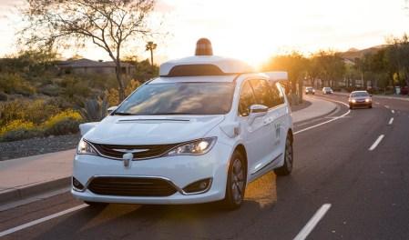 Waymo — неоспоримый лидер рынка беспилотных авто, а Uber и Apple — аутсайдеры [Отчет DMV по испытанию беспилотных автомобилей за 2018 год]