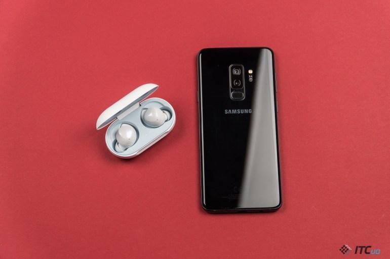 Galaxy Buds - полностью беспроводные наушники Samsung