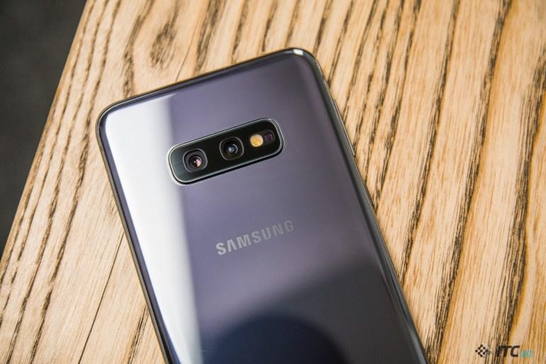 камеры Galaxy S10e