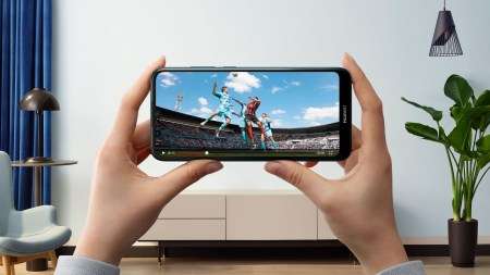 В Украине стартовали продажи смартфона Huawei Y6 2019 с 6,1-дюймовым безрамочным экраном Dewdrop по цене 3999 грн