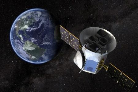 Космический телескоп TESS открыл свою первую экзопланету земного типа