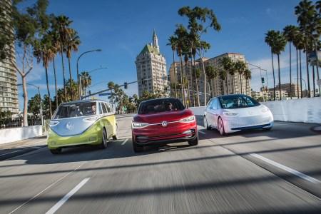 Volkswagen планирует перенести производство своего первого бюджетного электромобиля из Германии в Восточную Европу