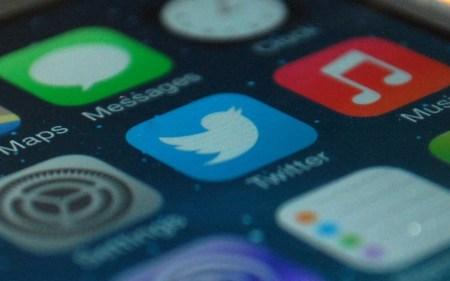 Twitter разрешил вставлять в ретвиты фото и видео. Раньше можно было только текстовые сообщения