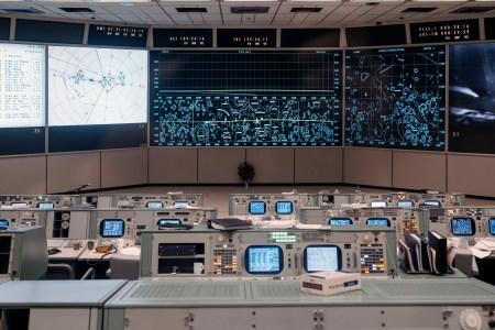 «Хьюстон, у нас реставрация!»: специалисты NASA восстановили ЦУП, использовавшийся в ходе миссии «Аполлон-11»